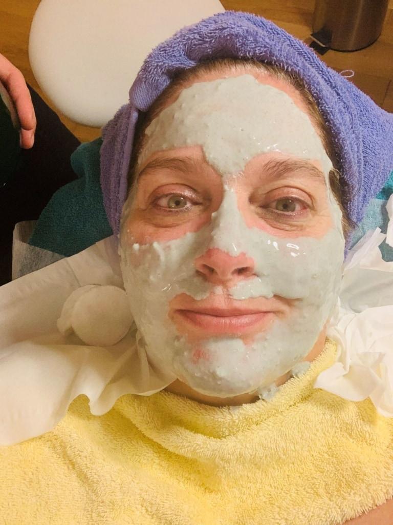Simone Severs Spa-Gesichtsbehandlung