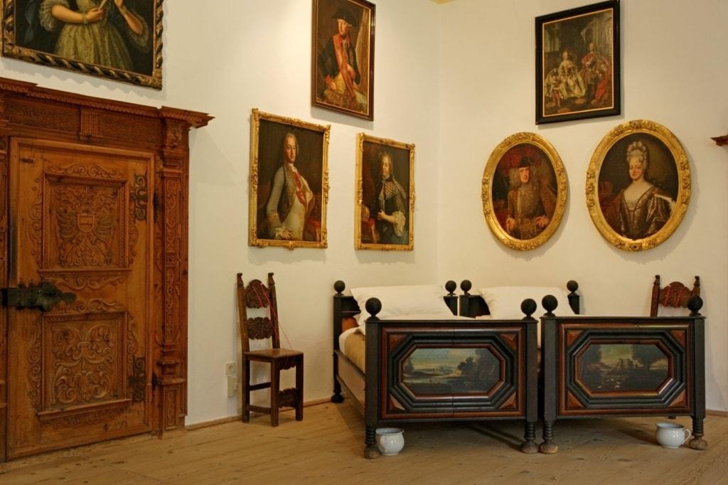 Ausstellungsraum in Schloss Schenna