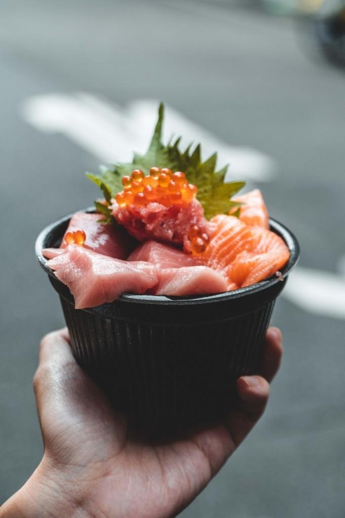 Sashimi ist ein fester Bestandteil japanischer Küche.