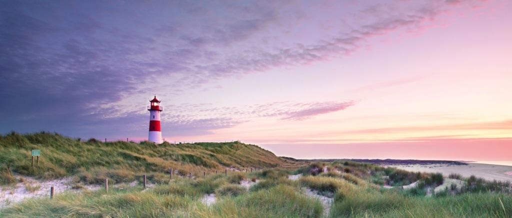 Leuchtturm und Küste auf Sylt