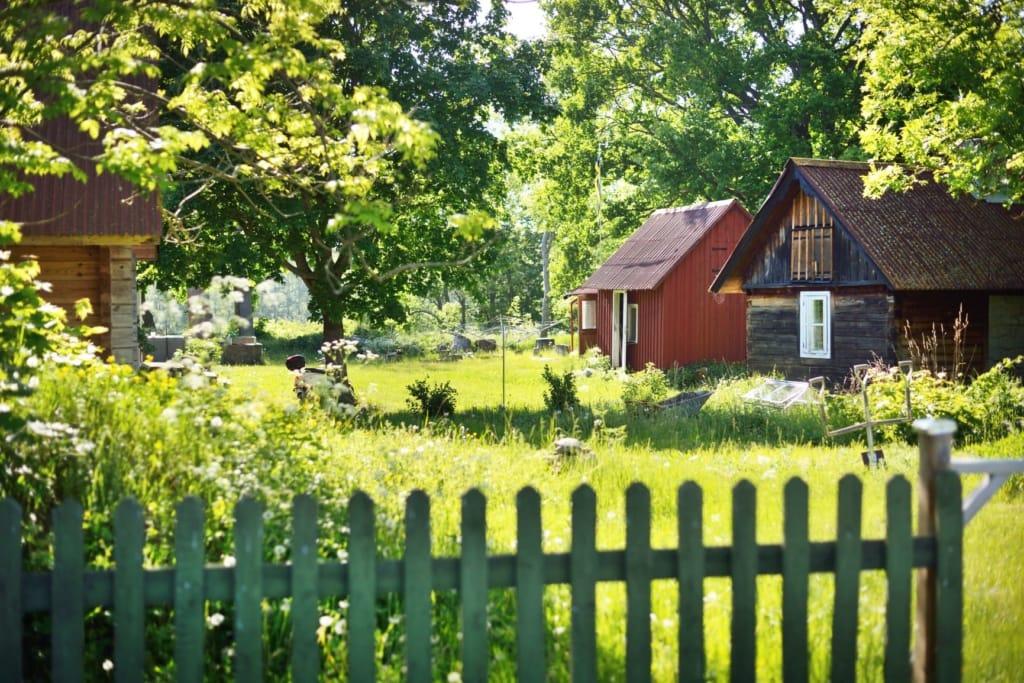 Tradtions-Holzhäuser in Estland