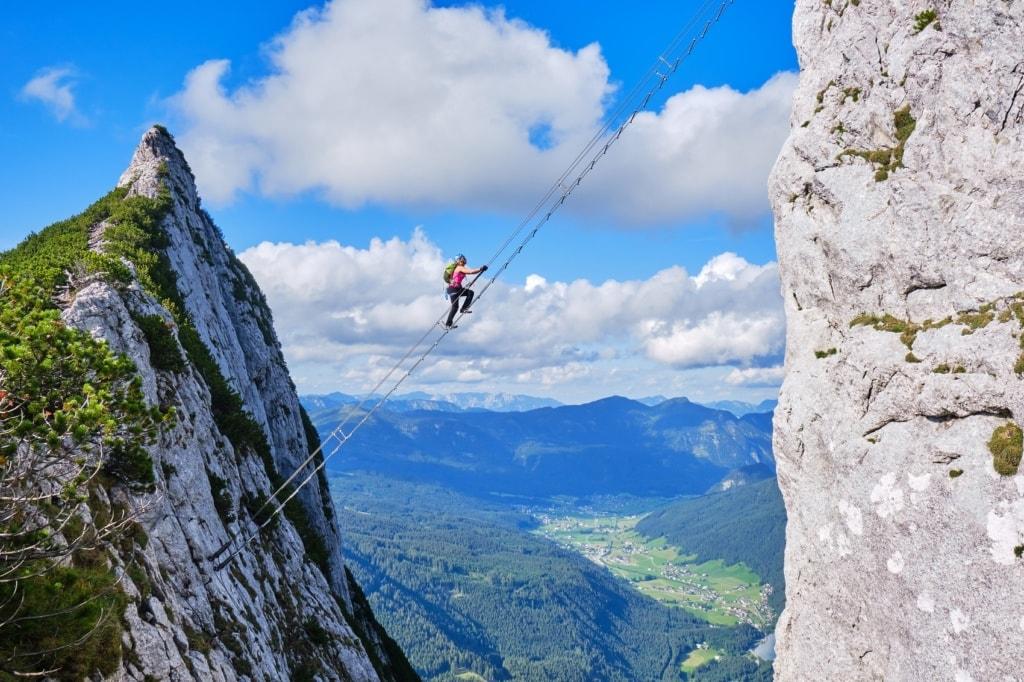 Klettersteige sind nichts für schwache Nerven.