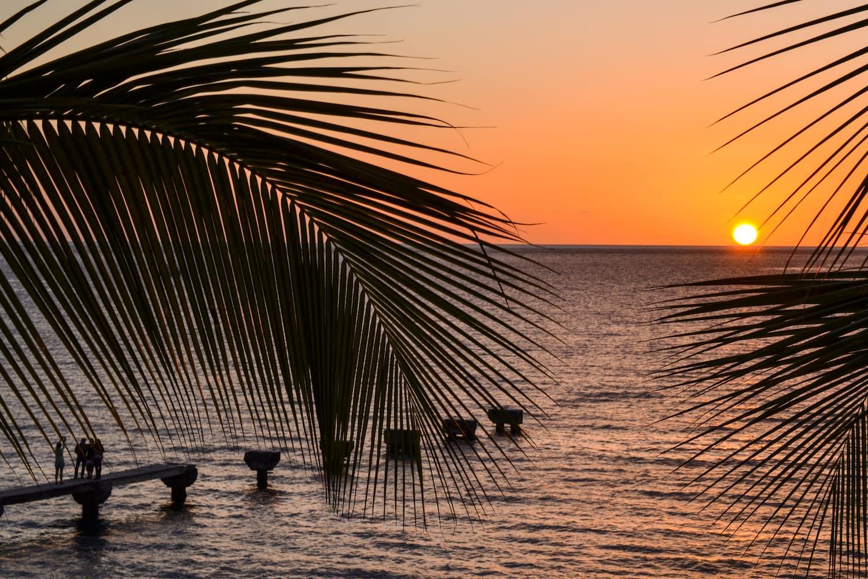 Dominica bei Sonnenuntergang