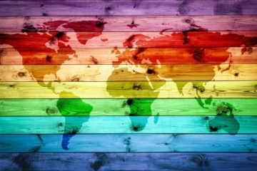Wohin reisen Lesben und Schwule - Weltkarte in LGBT-Regenbogenfarben