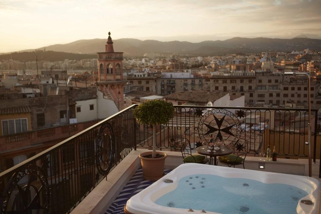 Luxushotels weltweit: Das Hotel Cort in Mallorca ist einsame Spitze!