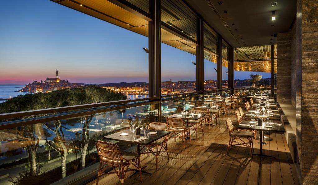 Das Grand Park Hotel in Rovinj ist ein Luxushotel der Extraklasse.