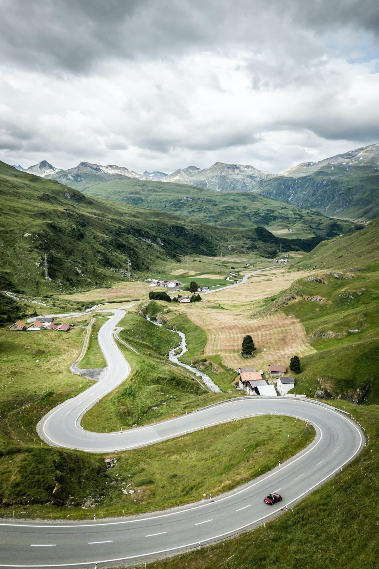 Switzerland Summer: Grand Tour of Switzerland - Julierpass, Mazda
