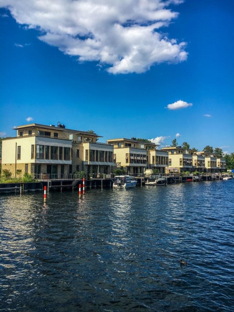 Luxuswohnungen am Wasser in Alt-Tegel