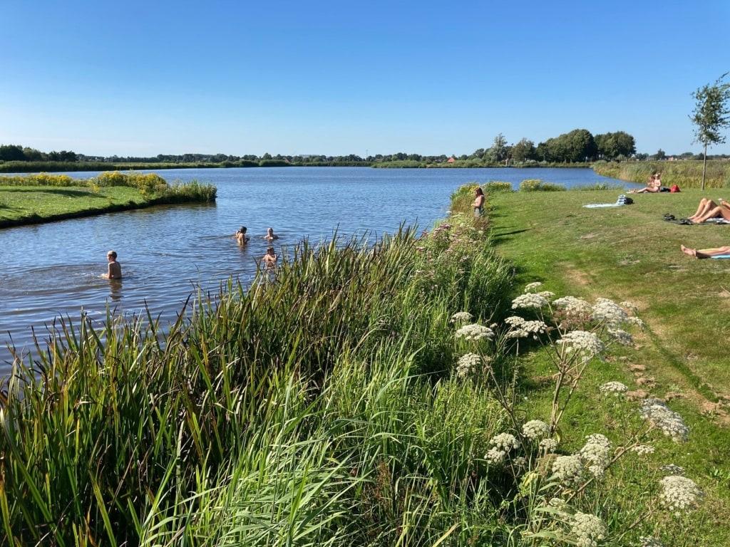 Oranjewoud nennen sich die herrschaftlichen Wälder im Süden von Friesland.