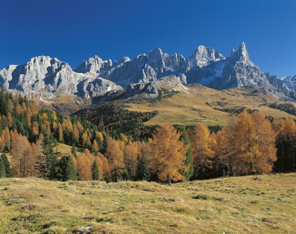 Die Bergkulisse der Dolomiten ist gigantisch.