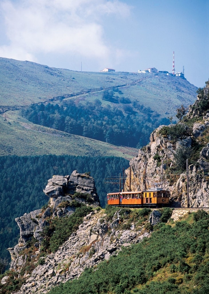 Zahnradbahn auf den Berg La Rhune