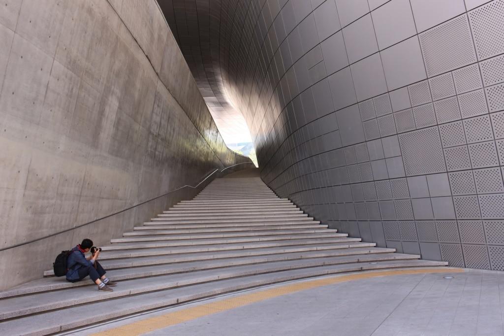 Das Design Center von Soeul beeindruckt durch seine Architektur.