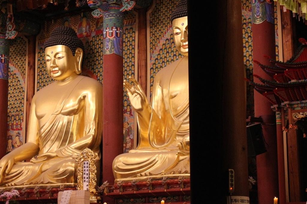 Religion spielt auch heute noch für viele Koreaner eine große Rolle. Diesen Tempel besuchte unser Autor auf seiner Südkorea-Reise.