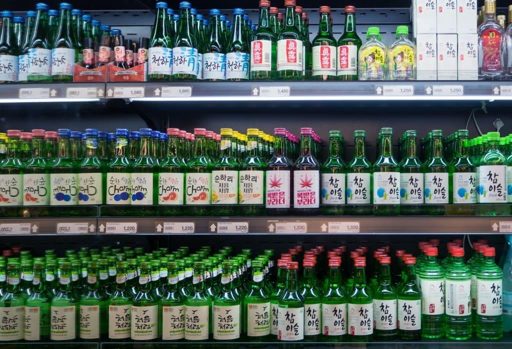 Soju ist in Südkorea ein beliebtes alkoholisches Getränk.