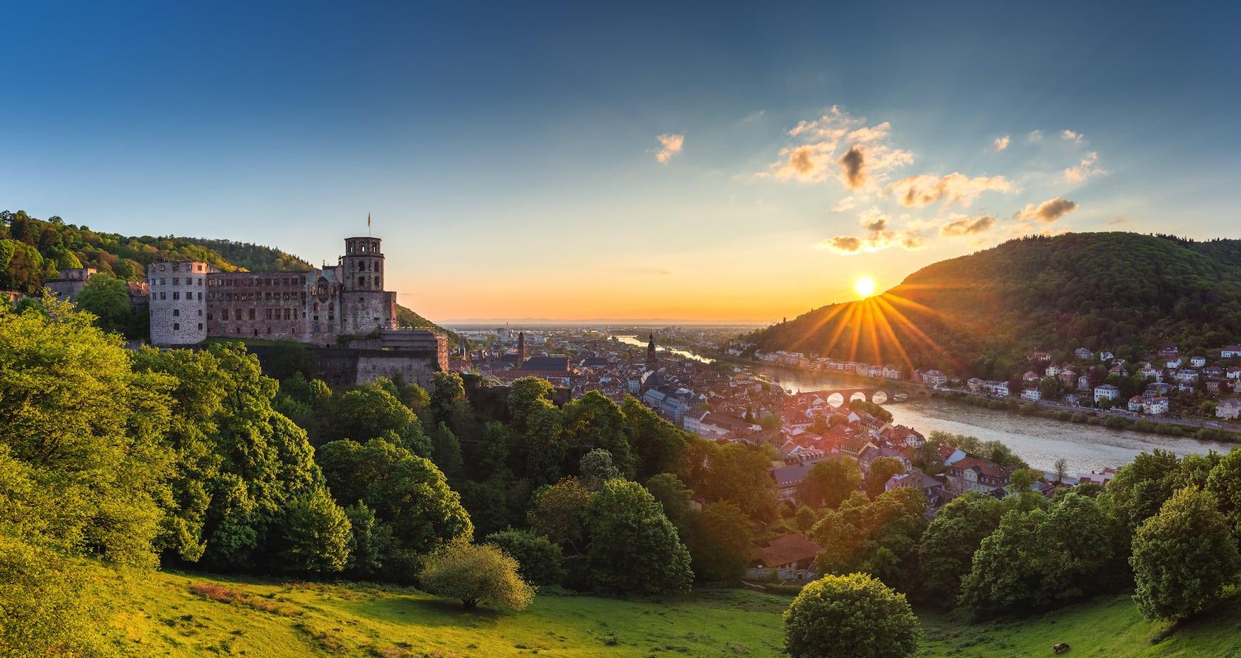 Heidelberger Schloss im Neckartal