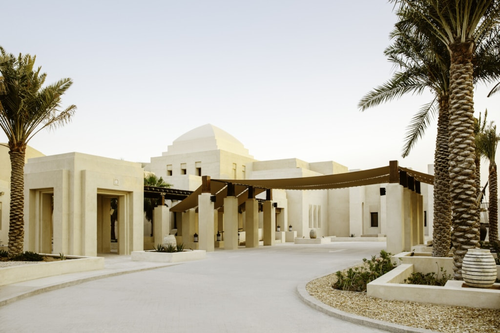 Zufahrt zum Al Wathba Desert Resort & Spa