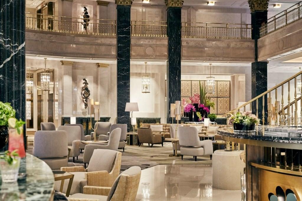 Lobby im Four Seasons Madrid