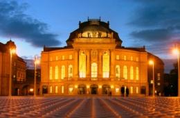 Theaterplatz in Chemnitz am Abend