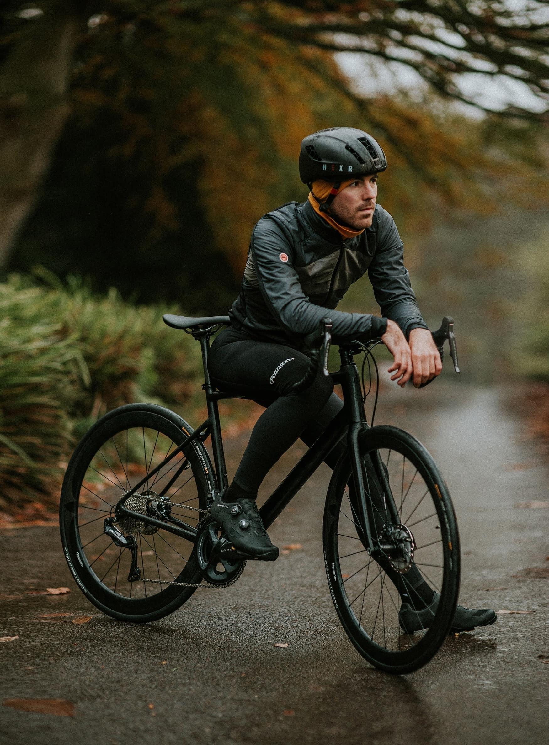 Fahrradfahrer im Winter