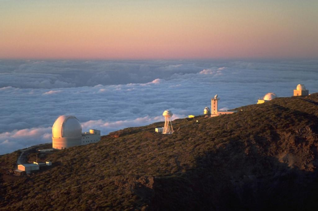 Einmal durch das größte Teleskop der Welt blicken auf den kanarischen Inseln.