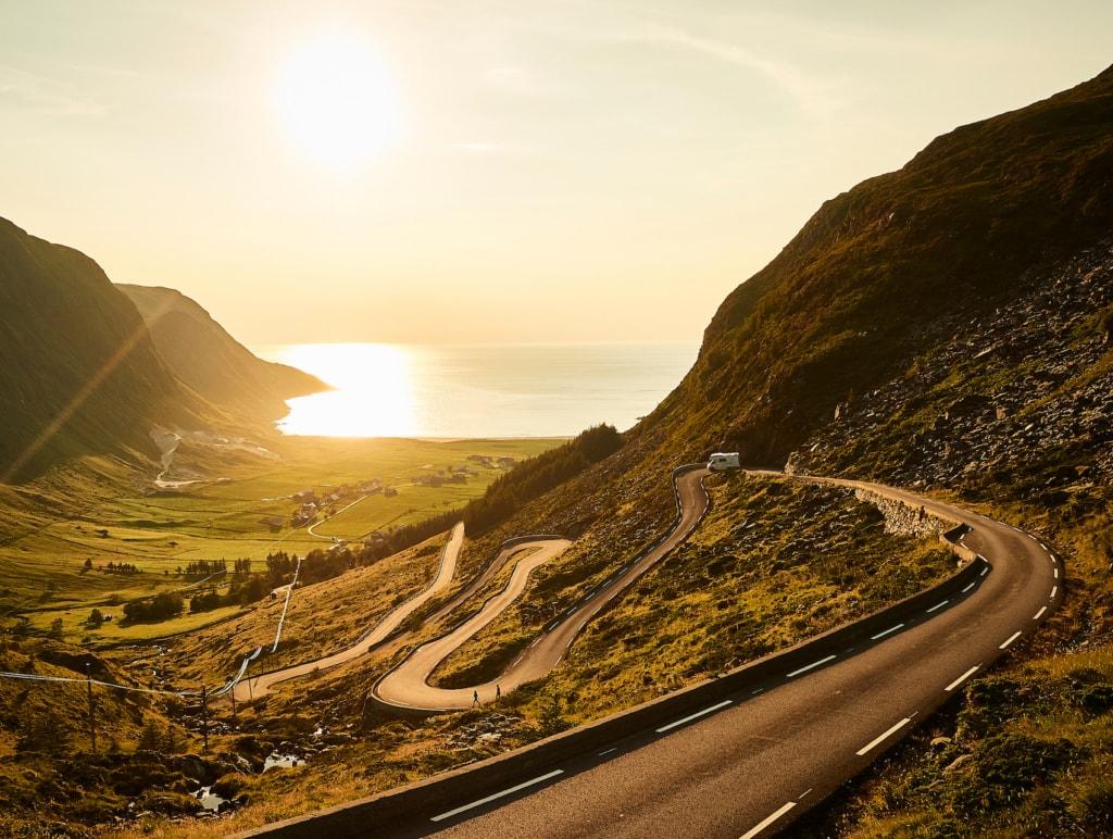 Die Halbinsel Stad ist einer der schönsten Orte zum Surfen in Norwegen.