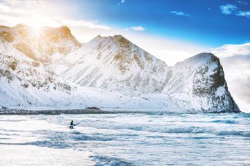 Die Bucht von Unstad muss beim Surfen in Norwegen auf der Liste stehen!