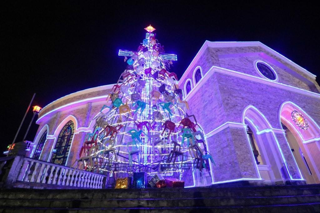 Auf den Philippinen darf es an Weihnachten gerne bunt werden!