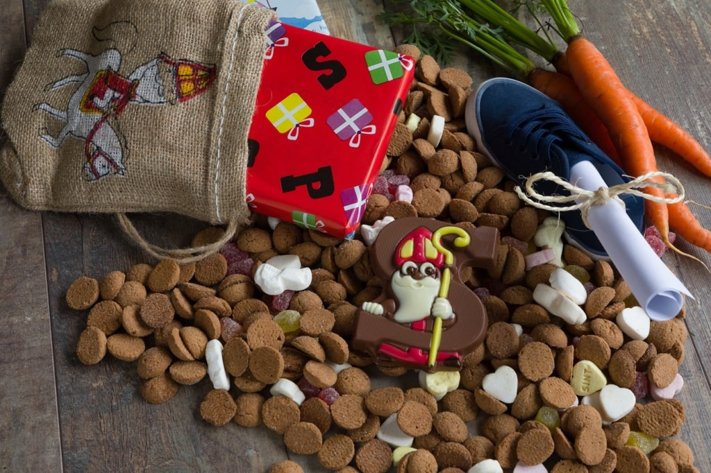 Sinterklaas spielt in den Niederlanden eine wichtige Rolle an Weihnachten.