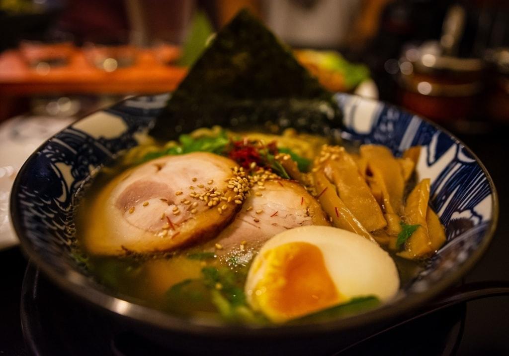 Kulinarik aus Japan: Ramen hat sich in Deutschland bereits weit verbreitet.