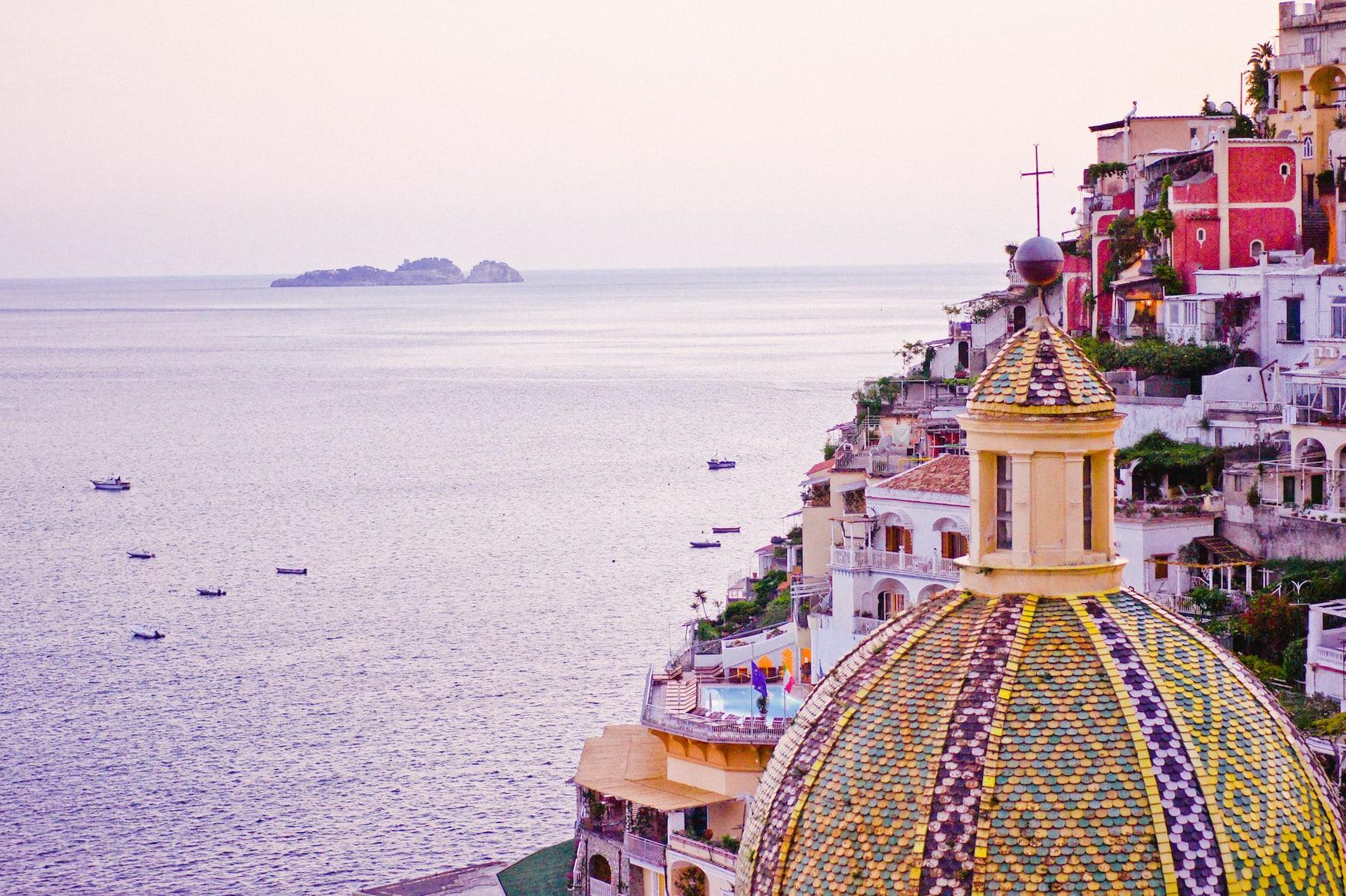 Die bunten Häuser von Positano von Le Sirenuse aus