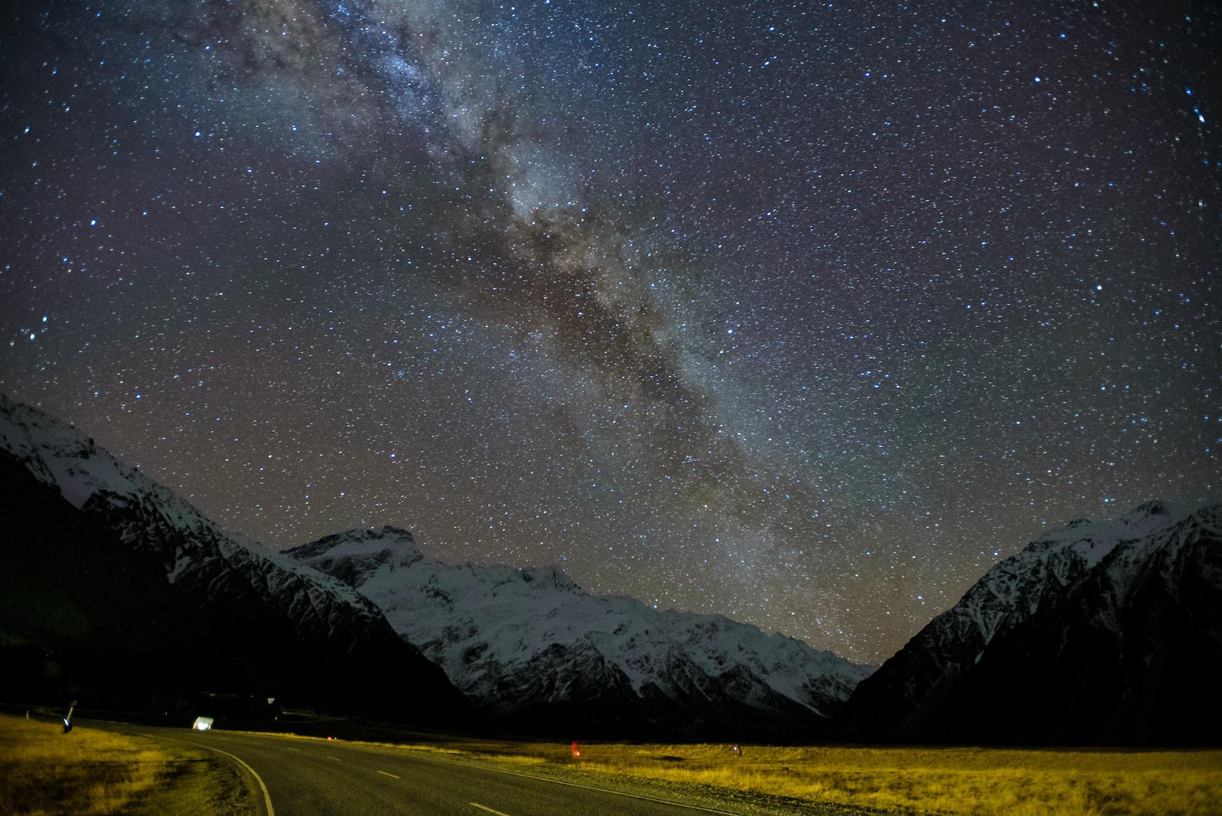 Milchstraße über Mount Cook in Neuseeland