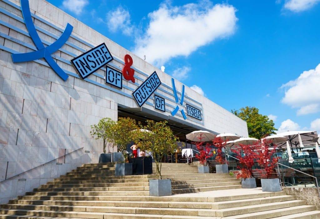 Museum der Moderne auf dem Mönchsberg in Salzburg