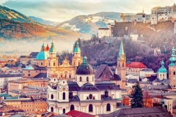 Panorama-Blick auf Salzburg