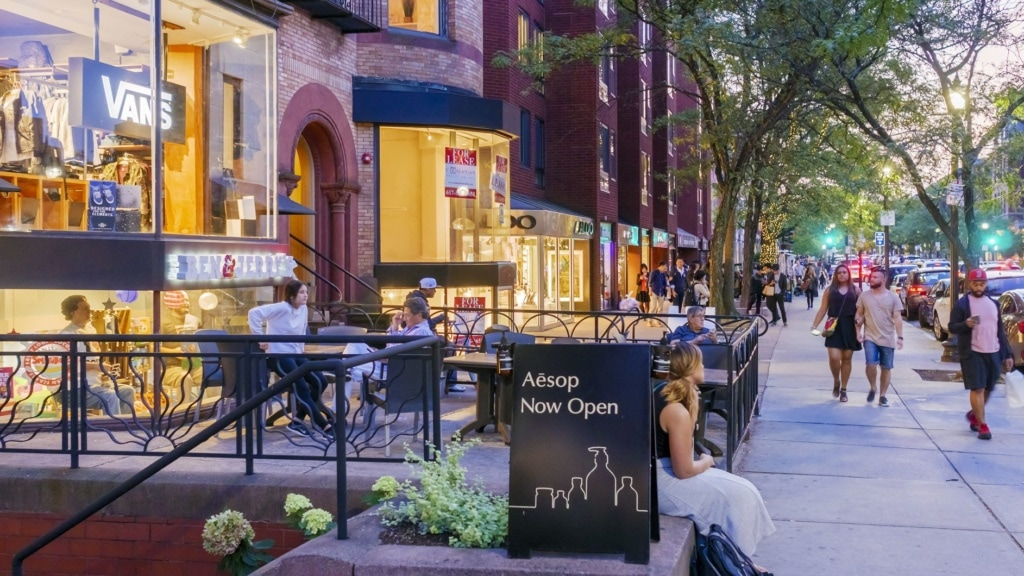 Shoppingmeile Newbury Street in Boston