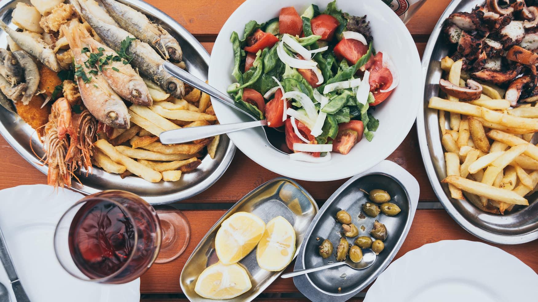 Typisch auf Zypern: Mezé, viele verschiedene kleine Gerichte