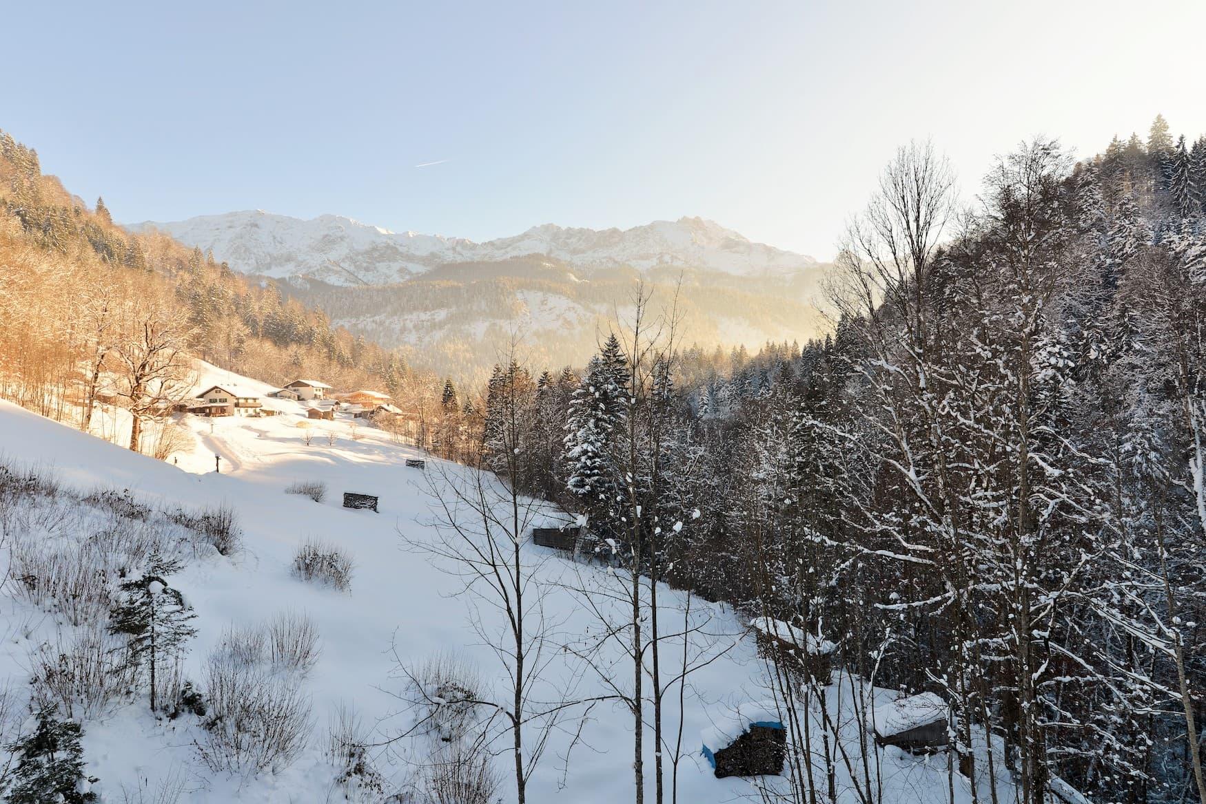 Verschneites Wettersteingebirge