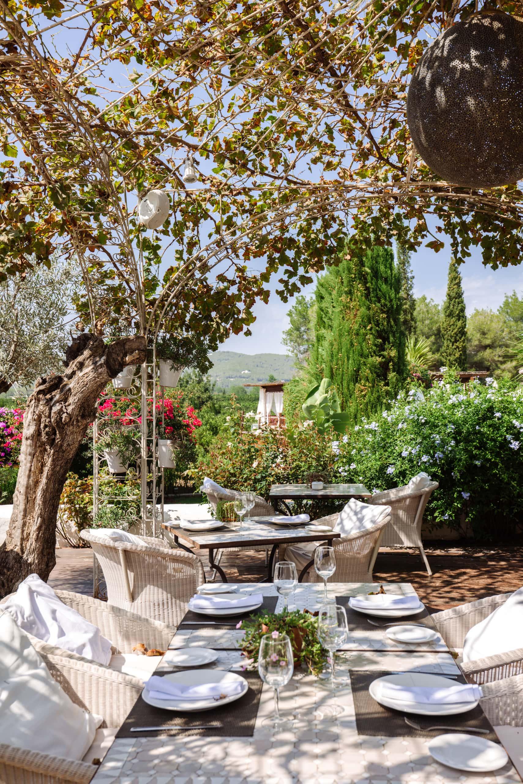 Restaurant im Atzaró Agroturismo Hotel auf Ibiza