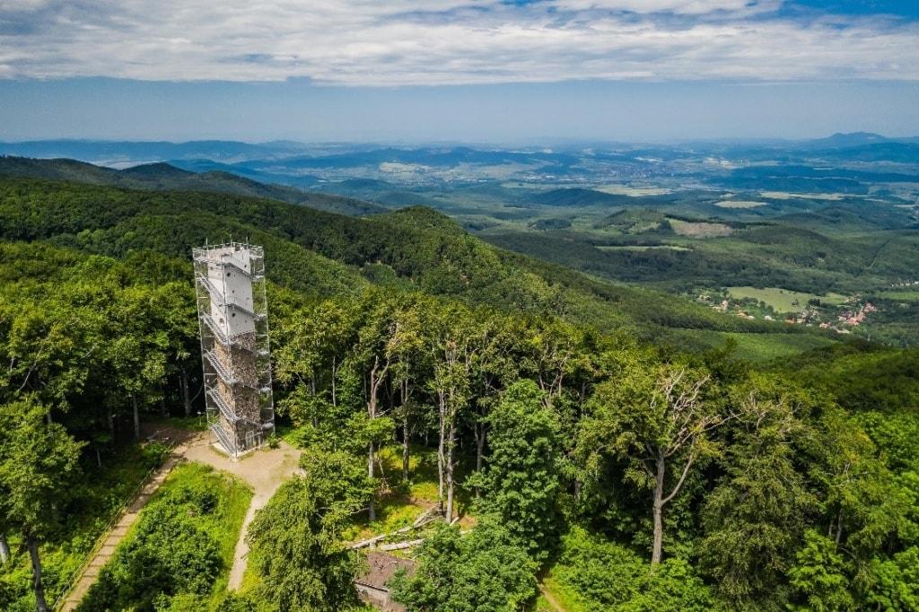 Aussichtsturm in Galya, Ungarn