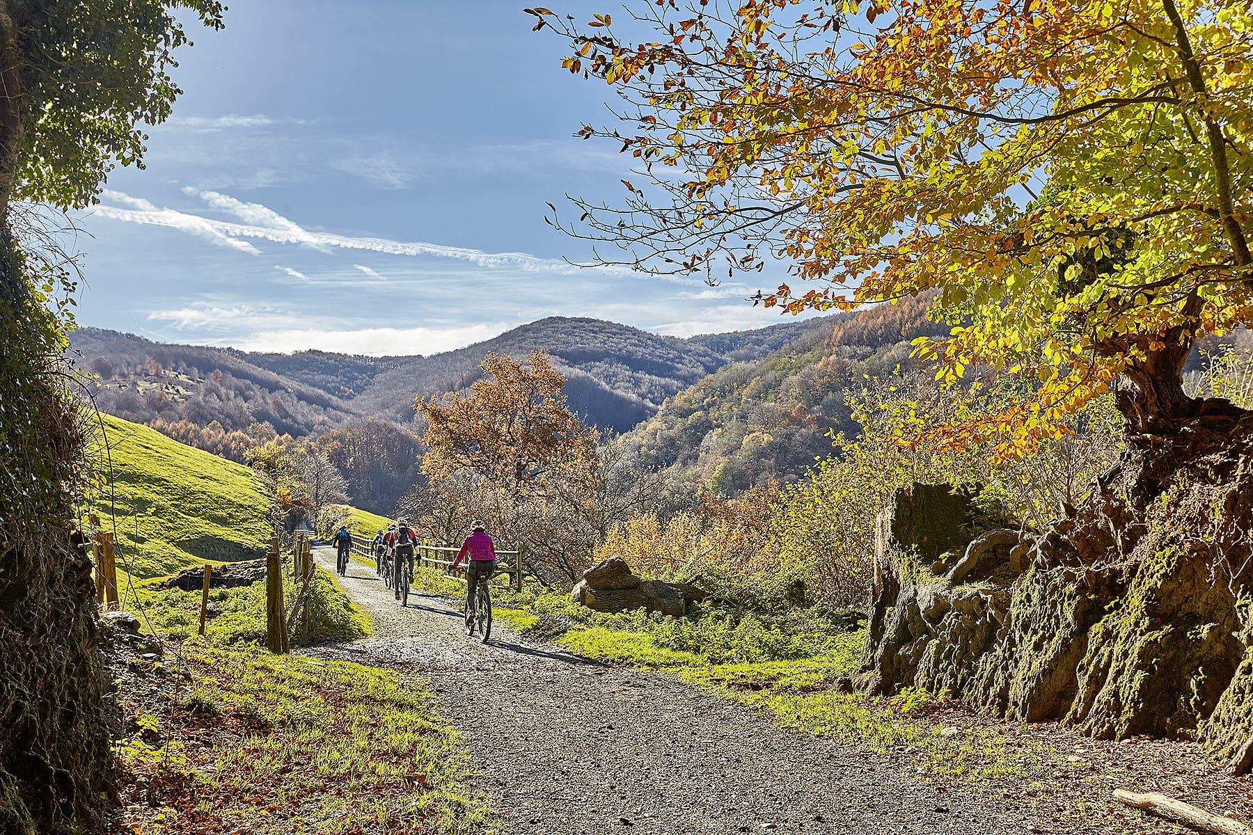 Die Pyrenäen prägen das Bild von Navarra - und machen die Provinz zu einem Outdoor-Paradies.