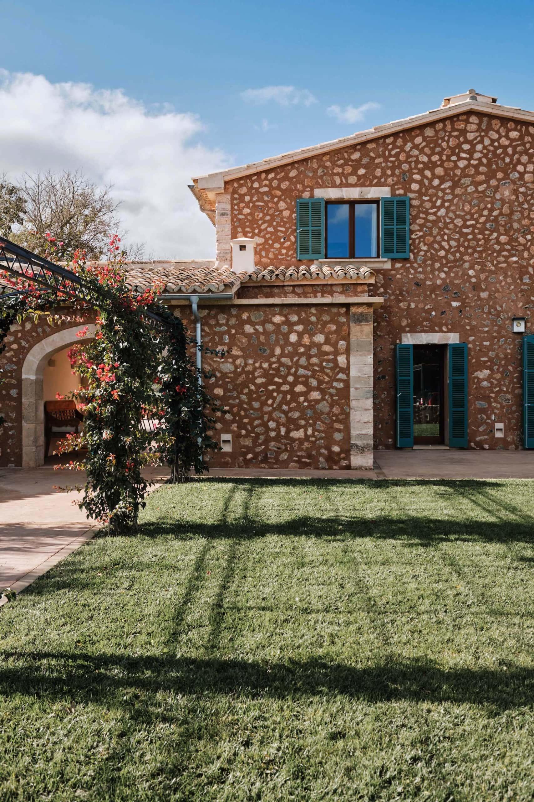 Außenfassade der Finca Rural auf Mallorca