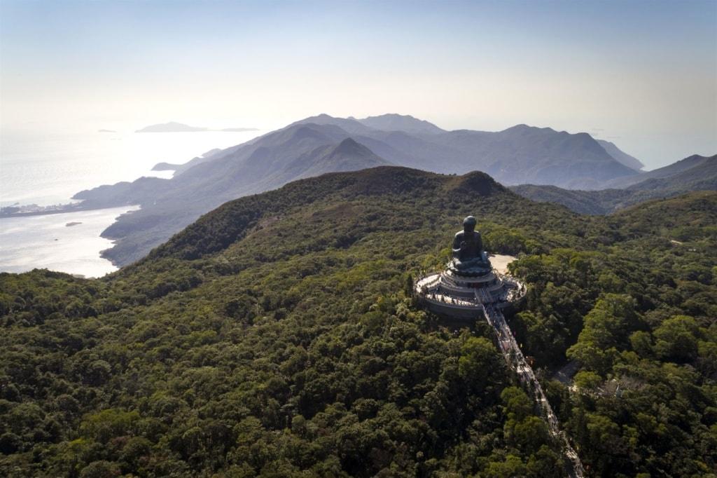 Große Buddha-Statue in Ngong Ping auf Lantau Island