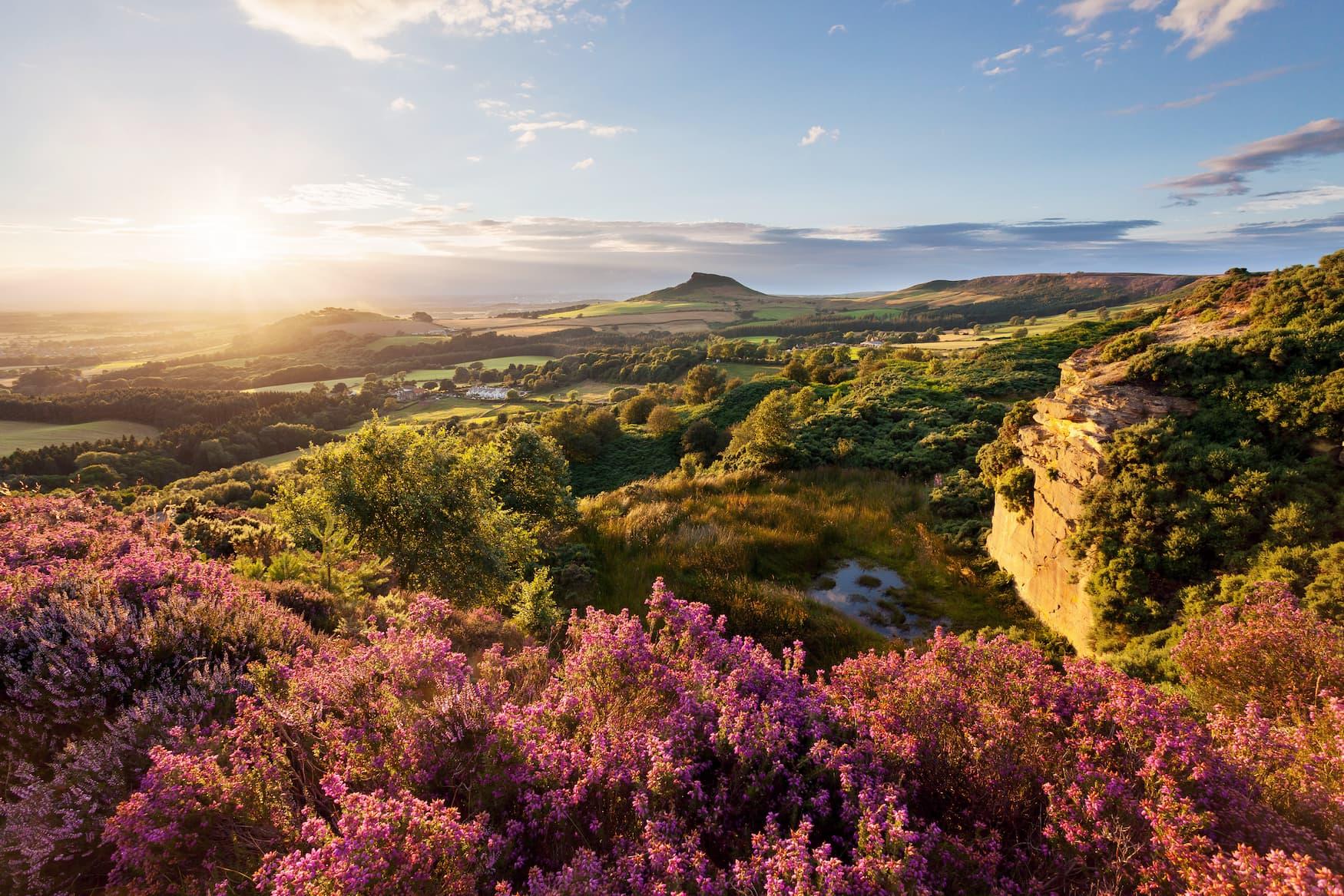 Sonnenuntergang im North York Moors Nationalpark in Großbritannien
