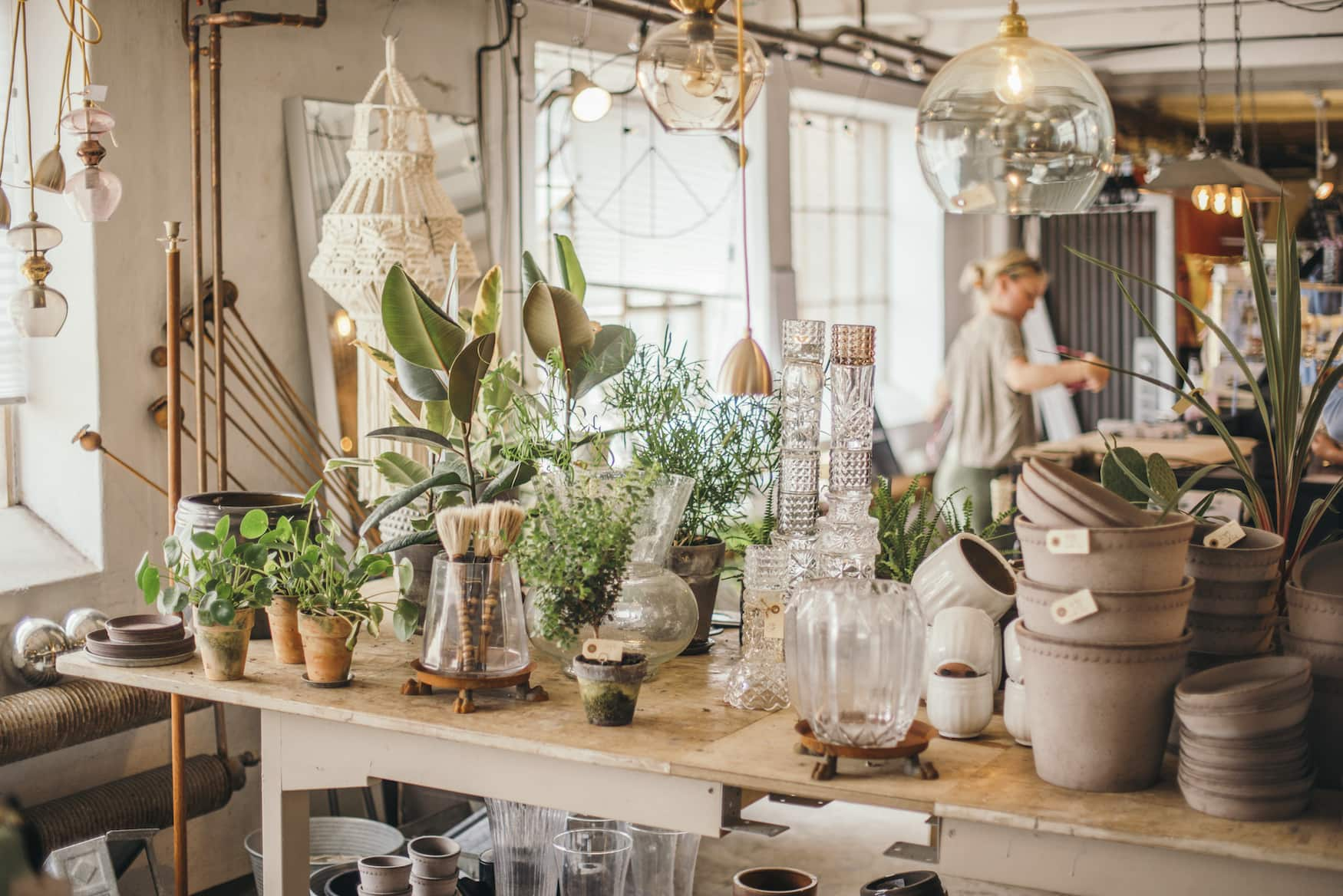 Höganäs-Shop in dem Keramik verkauft wird