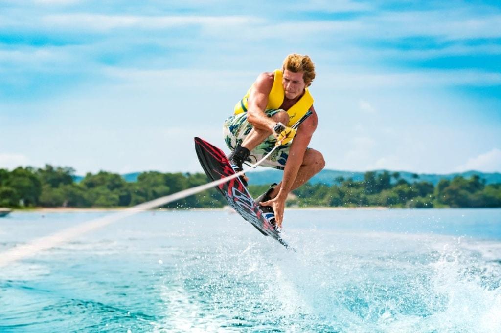 Wakeboarder in der Karibik