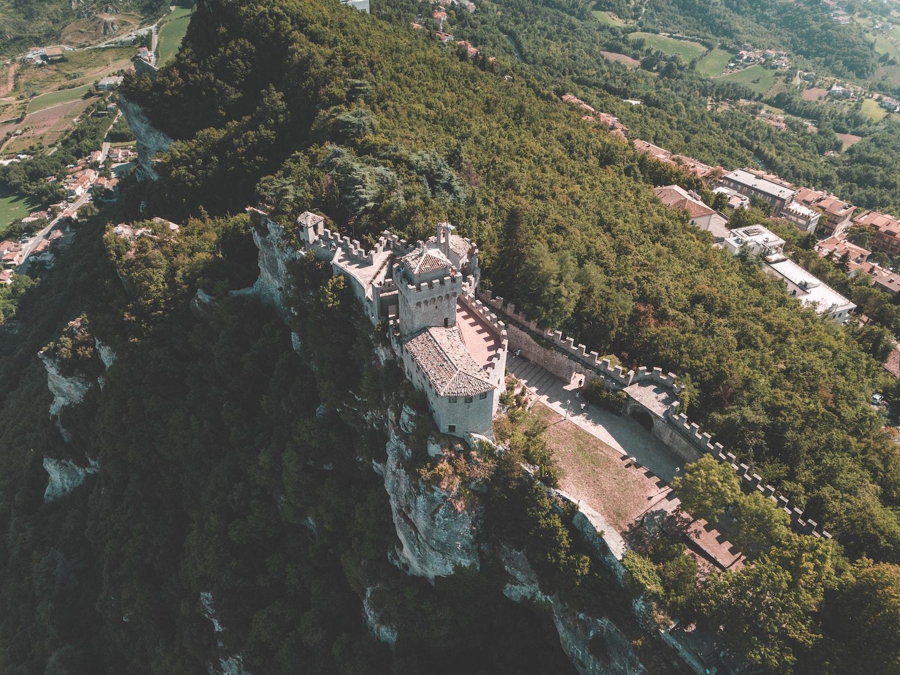 Tütme in San Marino aus der Vogelperspektive