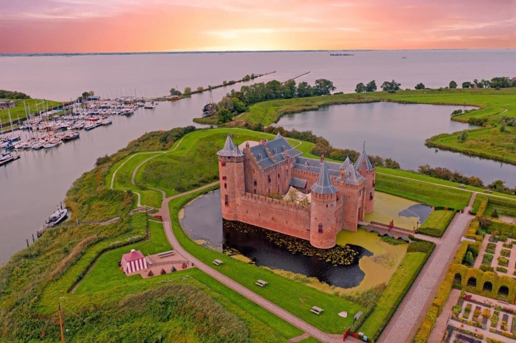 Schloss Muiderslot in den Niederlanden