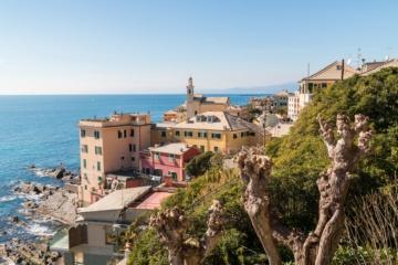 Aussicht auf Boccadasse Viertel in Genua