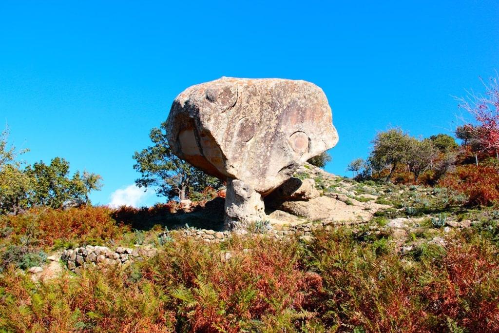 Drachenkopffelsen im Geopark Aspromonte