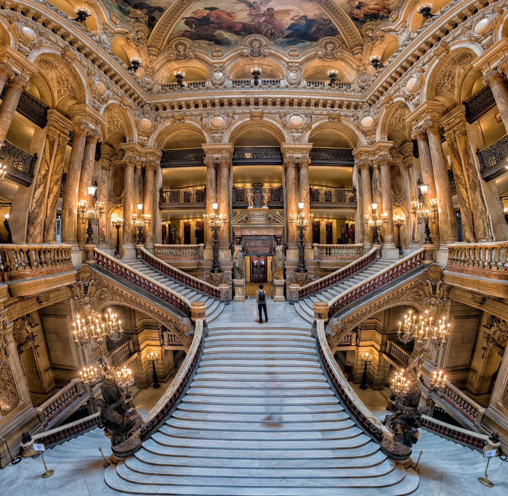 Der Palais Garnier in Paris ist eines der schönsten Opernhäuser weltweit