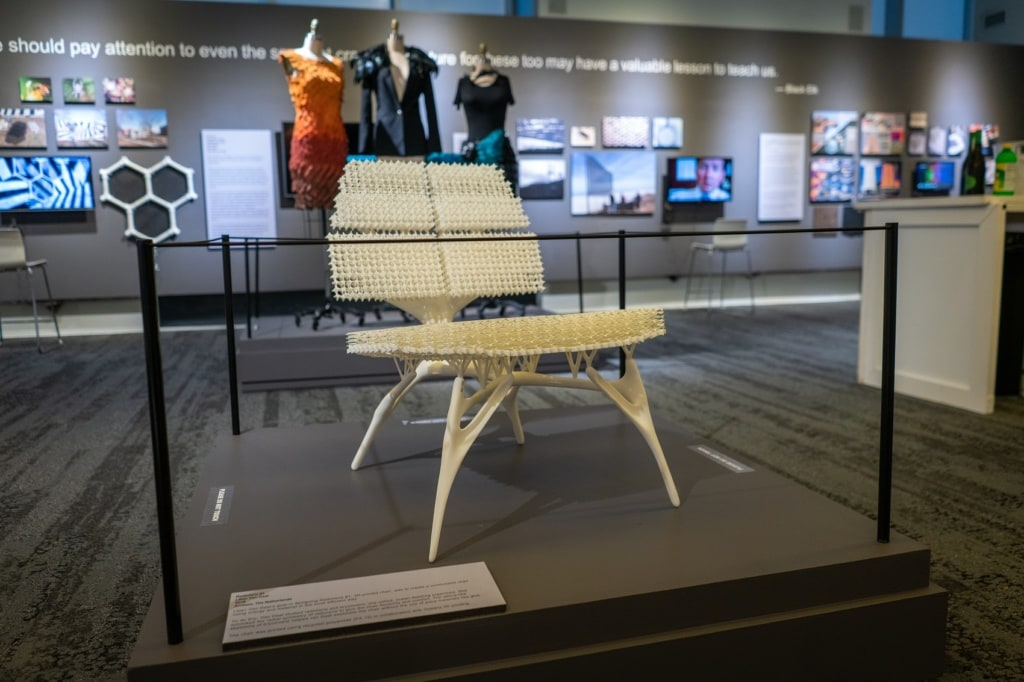 Willkommen in der Welt der Zukunft im Museum of Design Atlanta.